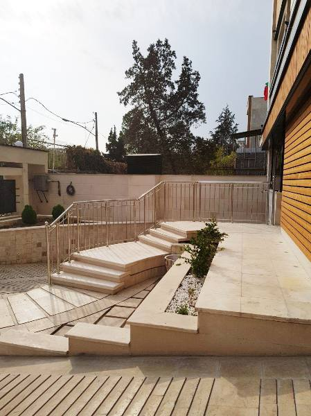 فروش آپارتمان مسکونی با موقعیت اداری در تهران